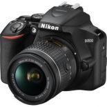 Nikon  D3500 cu Obiectiv 18-55mm AF-P VR  1900 lei